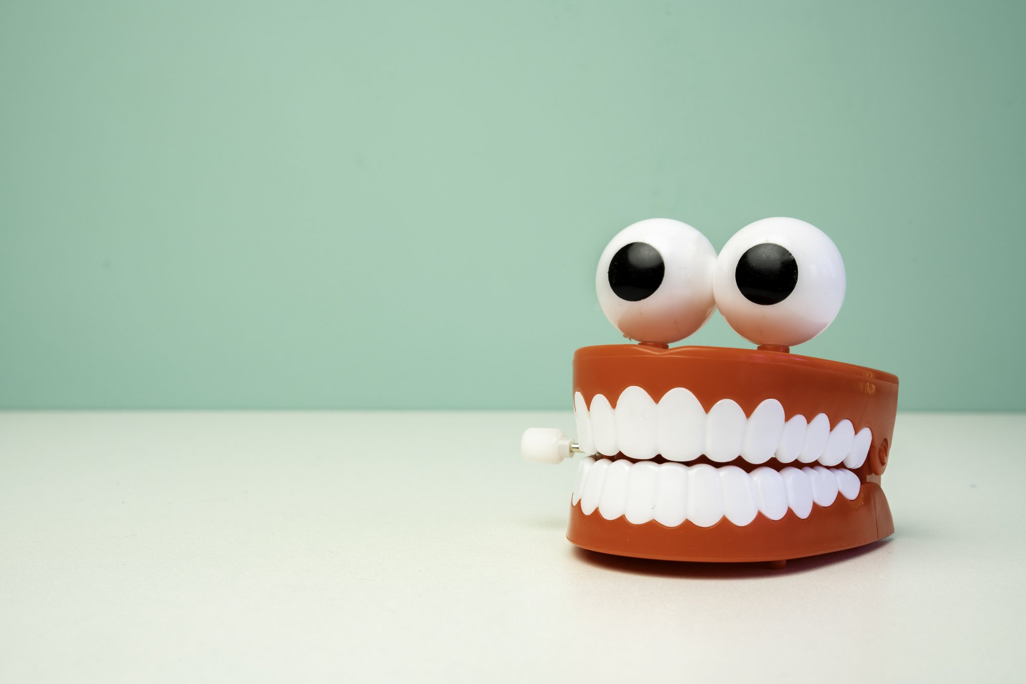 10 Weird Things People Used to Do With Their Teeth
